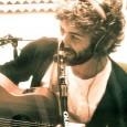 """Emanuele Zago, carismatico cantautore viterbese ha esordito come artista solista poco più di un mese fa con il singolo """"Ocean"""" riuscendo ad entrare nella classifica nazionale degli artisti indipendenti. La […]"""